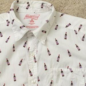 Budweiser short sleeve button down. Size M.